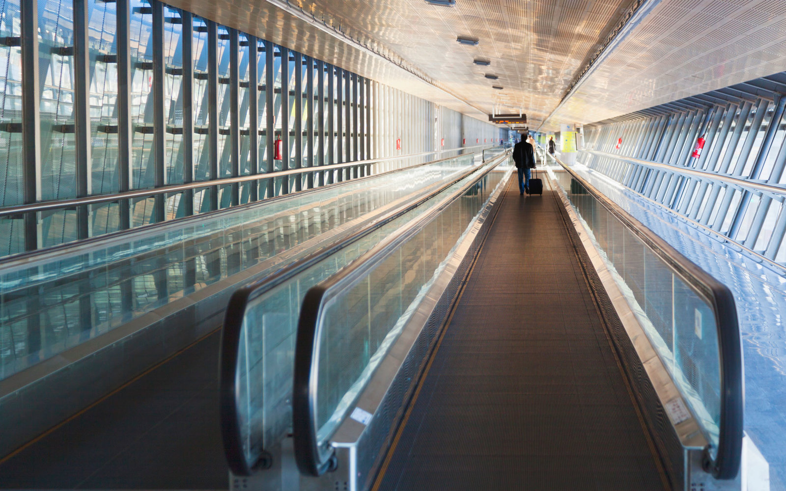 moving-walkway-SWM1115